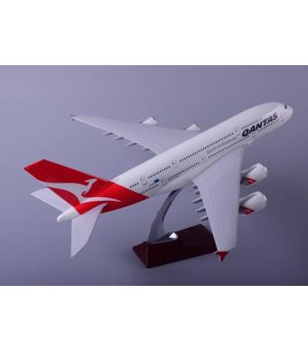 Diecast Metal Resin Plane Model - Quantas