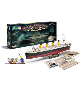 Revell Gift Set 100th Year Titanic Special Anniversary Edition