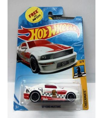 Hot Wheels 07 Ford Mustang