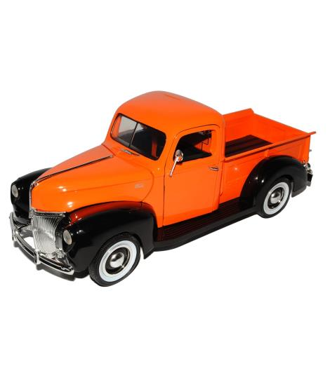 Motormax 1940 Ford Pickup 1/18