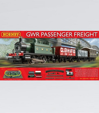 Hornby GWR Passenger Freight Train Set
